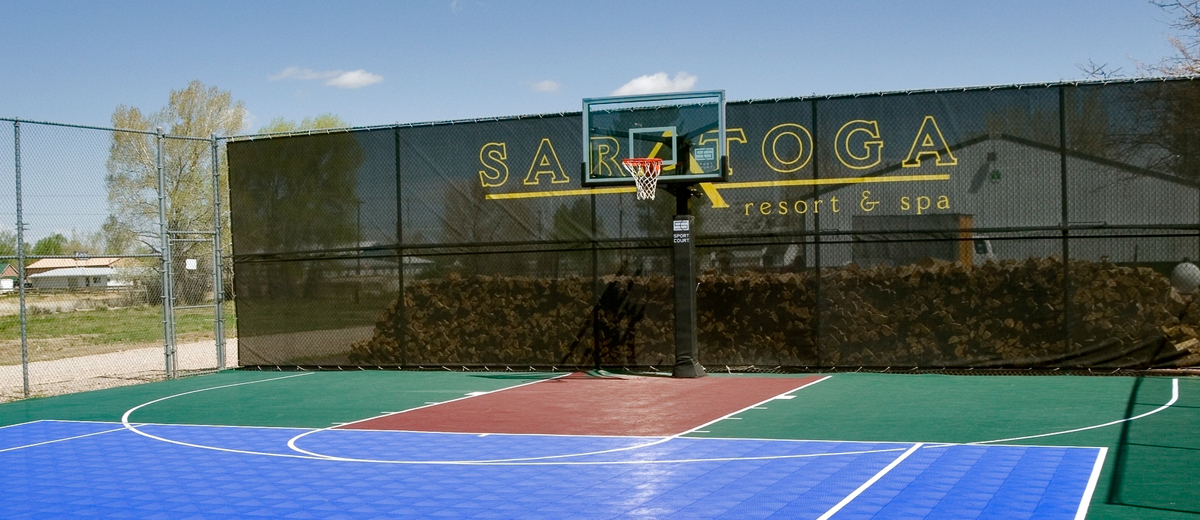 Sports Court - Saratoga Resort and Spa